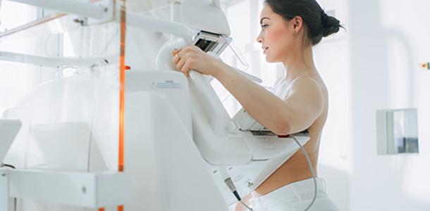 Die bessere Versorgung mit Vitamin D trägt dazu bei, das Risiko für Brustkrebs zu senken, wie eine neue Studie zeigt.