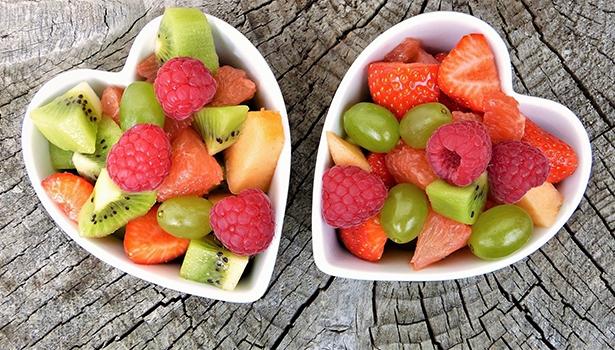 Extrakte aus Heidelbeeren, Schwarzen Johannisbeeren und Traubenkernen können dazu beitragen, die Glukose- und Lipidwerte sowie den Blutdruck zu senken. Dadurch könnte sich auch das Risiko für Diabetes und kardiovaskuläre Krankheiten verringern.