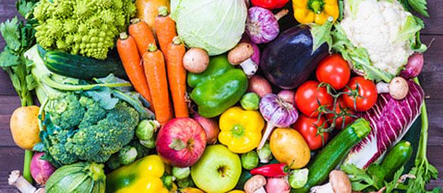 In den Medien sind ständig unzählige Berichte zur Ernährung zu finden. Viele sind sinnvoll, viele halten aber auch einer näheren Prüfung nicht stand.