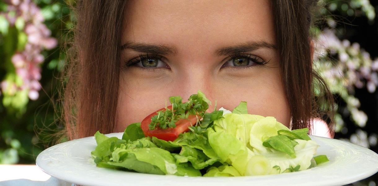 Neue Veganer − wie schnell sinkt das Vitamin B12?