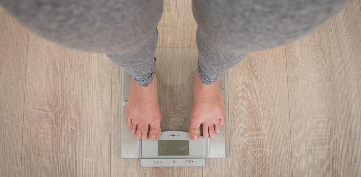 In einer kleinen Studie an Patienten mit dem metabolischen Syndrom konnte ein Intervallfasten mit begrenzter täglicher Nahrungsaufnahme an 10 Stunden viele Symptome des metabolischen Syndroms verbessern.